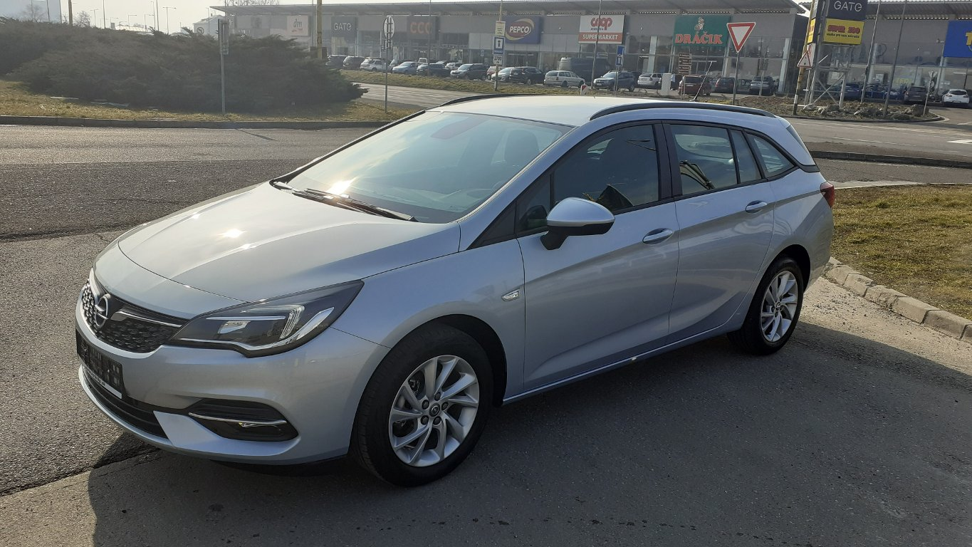 Opel Astra SMILE 1.2 Turbo 110k