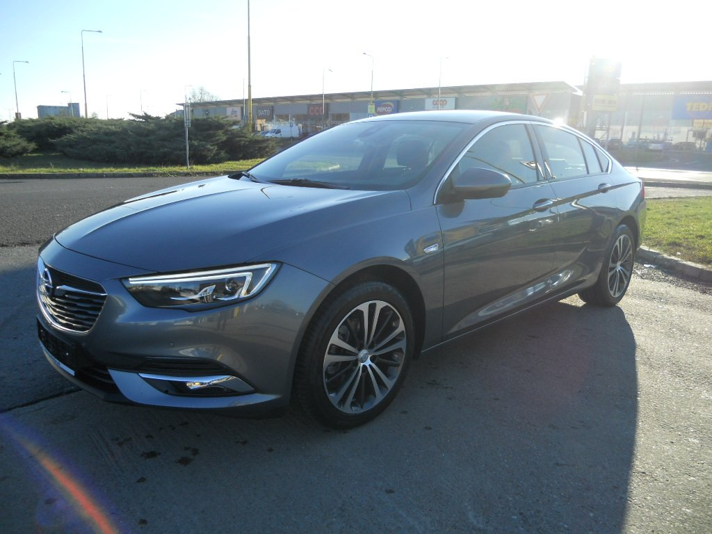 Opel Insignia Innovation 1,5 16V Turbo 121kw