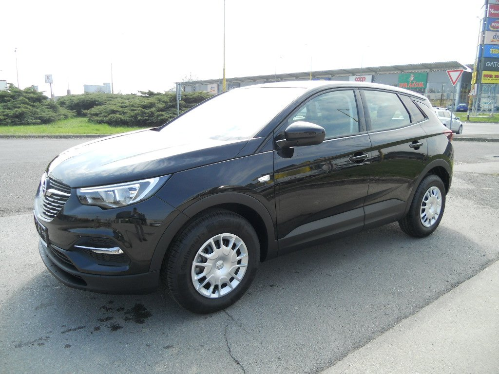 Opel Grandland X Selection 1,2 Turbo 130K MT6