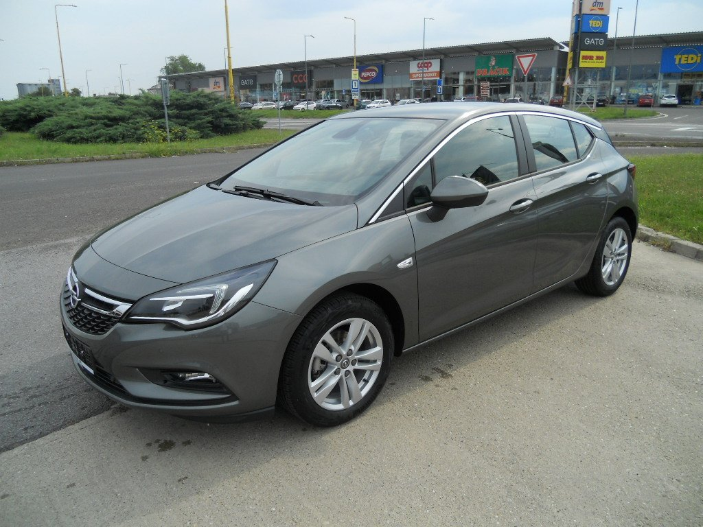 Opel Astra Enjoy 1,4 Turbo 92kw